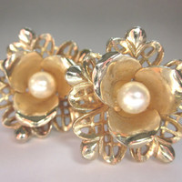 Vintage Earrings, Signed CORO, Screw Style, Gold tone, Flower Shape, Faux Pearl