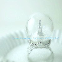 Winter in Paris Ring. Snow Globe. Eiffel Tower Ring. Paris. Pyrex Glass Dome. Diorama Jewelry. Waterless. Christmas Gift. Holiday.
