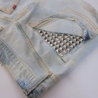 hipster studded destroyed pocket denim shorts
