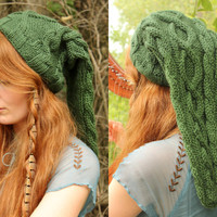 Heroic Green Cable-Knit Legend of Zelda Link Inspired Hat