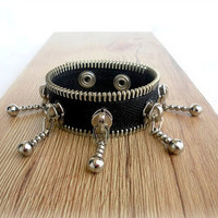 zipper bracelet  - unique and eccentric, black , YKK Zipper  - eco friendly, recycled jewelry