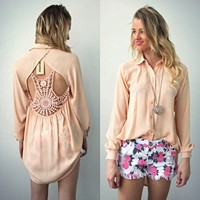 PEACH VINTAGE INSP CROCHETED CUT OUT BACKLESS BACK BLOUSE SHIRT TOP M