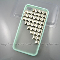 IPhone 4 case,Iphone 4S case,Mint Green Up Side Corner Studded iphone 4 case,Silver Pyramid Studs iPhone 4 4s  Frosted Translucent case