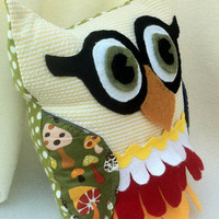 Small Owl Pillow Plush owl with woodland colors by fourtinycousins