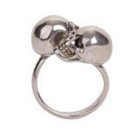 Alexander McQueen : ANTIQUE SILVER TWIN SKULL RING