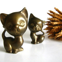 Vintage Brass Cats Set of Two Kittens Mid Century by pillowsophi
