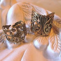 Gypsy Fingers  filigree finger rings brass by TheQueensDowry