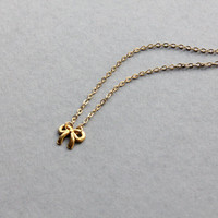Delicate simple everyday bow knot pendant gold necklace chain