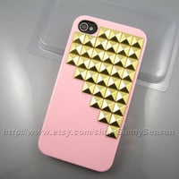 IPhone 4 case,Iphone 4S case,Pink Up Side Corner Studded iphone 4 case,Golden Pyramid Studs iPhone 4 4s Hard case