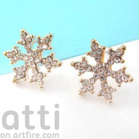 Small Snowflake Star Shaped Stud Earrings in Gold with Rhinestones