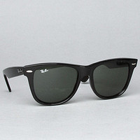 The 54mm Original Wayfarer in Black
