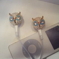 So Cute White Owl earbuds with crystal eyes