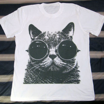 CAT Glasses Shirt -- Cat T-Shirt Cat Shirt Animal T-Shirt White T-Shirt Women T-Shirt Men T-Shirt Unisex T-Shirt Short Sleeve T-Shirt Size L