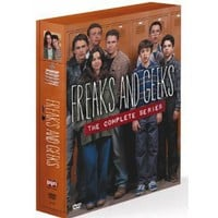 Amazon.com: Freaks and Geeks: The Complete Series: Linda Cardellini, John Francis Daley, James Franco, Samm Levine, Seth Rogen, Jason Segel, Martin Starr, Becky Ann Baker, Joe Flaherty, Busy Philipps, Michael Beardsley, Shawn Soong, Paul Feig: Movies & TV