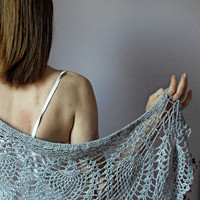 GREY PINEAPPLES Hand Crochet Wrap by Silvia66 on Etsy