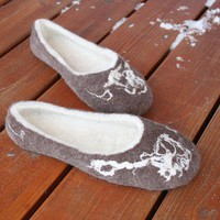 PDF tutorial Wet felted wool slippers