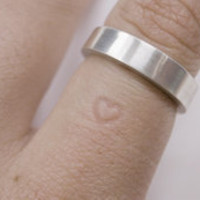 Inner Message Ring by Yoon Jung Yun