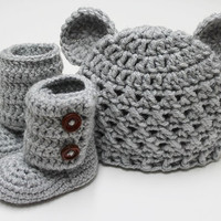 Croceted Baby Teddy Bear Beanie and Baby Booties in Light Gray (size 0-3, 3-6, 6-9, 9-12 months)