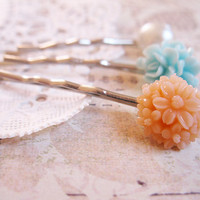 Flower Bobby Pins - Silver Tone Curved Bobby Pins - Floral Style - Pearl Hair Pin - Mint Blue and Peach Flowers - Set of 3