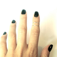 set of two knuckle rings