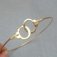 Cuff Bangle Bracelet Style 3 on Luulla