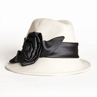 domino flower applique cloche hat - &amp;#36;66.99 : ShopRuche.com, Vintage Inspired Clothing, Affordable Clothes, Eco friendly Fashion