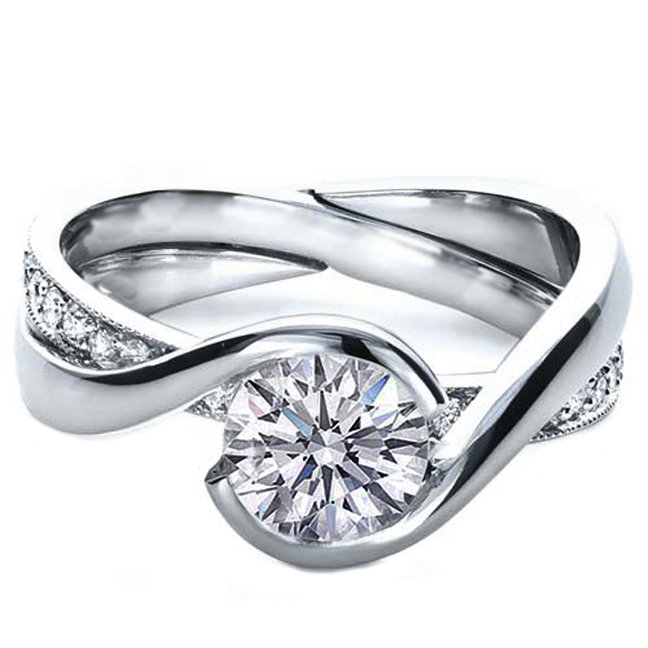 Engagement Ring Round Diamond Twisted from MDC Diamonds