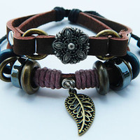 Unisex Vintage Leather  bronze  the leaves and the star alloy pendants Simple fashion soft leather bracelet