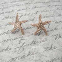 gold glitter starfish earrings // studs, post earrings, glittery starfish