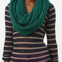 Ribbed Eternity Scarf