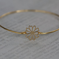 Gold Daisy Bangle Bracelet