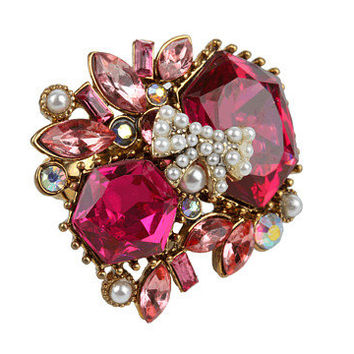 Betsey Johnson Fabulous Fuchsia Pink Crystal Cluster Ring