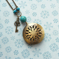 Christmas locket - Key pendant - Free Worldwide Shipping - Gift for her under 30 USD