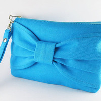 Big Bow Turquoise  Clutch, iPhone 5 Wallet, iPhone 5 Wristlet, iPhone Wristlet, Cell Phone Wristlet, Zipper Pouch, Wristlet