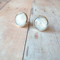 S I L V E R - Silver Gray Metallic Glitter Sparkle Photo Glass Cab Circle Silver Plated Post Stud Earrings