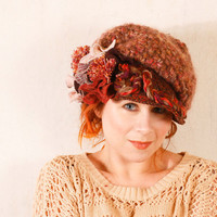 Red crochet hat Chunky knit hat Red wool hat Red newsboy hat Crochet newsboy hat Red knitted hat Winter hat Winter hat Holiday hat