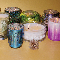 Himalayan Trading Post Powder Puff Candle
