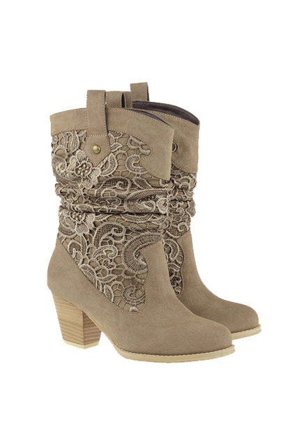 Knitted Lace Heeled Cream Boots