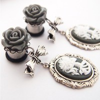 00g 10mm Grey Skeleton Woman Steel Dangle Plugs - Shop Gauges/Plugs & Tunnels at RebelsMarket
