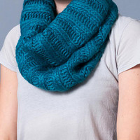 Bird :: collections :: accessories :: chunky rib knit neck warmer