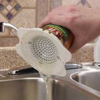 Jokari Snap-On Can Strainer: Kitchen & Dining