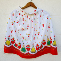 Red and White Apron Pennsylvania Dutch Girls Design Hearts Flowers Vintage Retro Kitchen