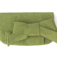 Green Tweed Clutch with Wool Bow. Moss Wool Wallet. Small Wool Purse. Wool Clutch Pleated Clutch. Sage