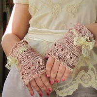 Pink Tea Gloves by EfiaFair on Etsy