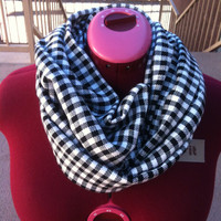 Black and white warm hounds tooth infinity scarf thick