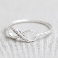 Infinity Ring In Silver on Luulla