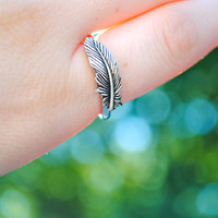 Silver Feather Ring Size 6, 7, 8