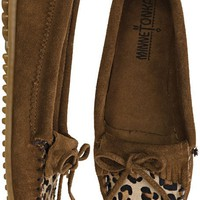 MINNETONKA LEOPARD KILTY MOCCASIN