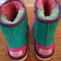 NWOT UGG Boots Girls 12 Rainbow Pink Purple Green Cute!