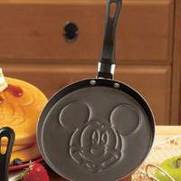 Disney Pancake Pans - Mickey Mouse: Amazon.com: Kitchen & Dining